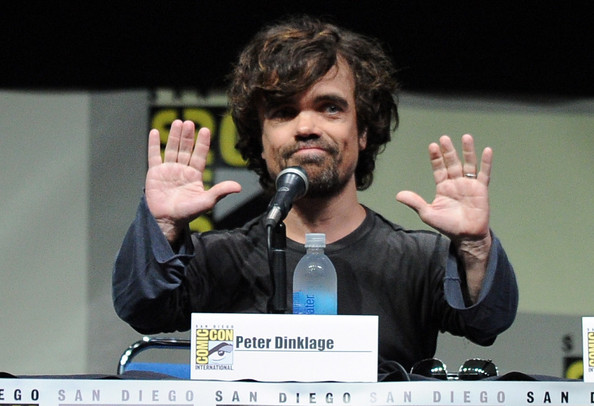 http://www4.pictures.zimbio.com/gi/Game+Thrones+Panel+Comic+Con+International+mvdcRJP0j9Gl.jpg