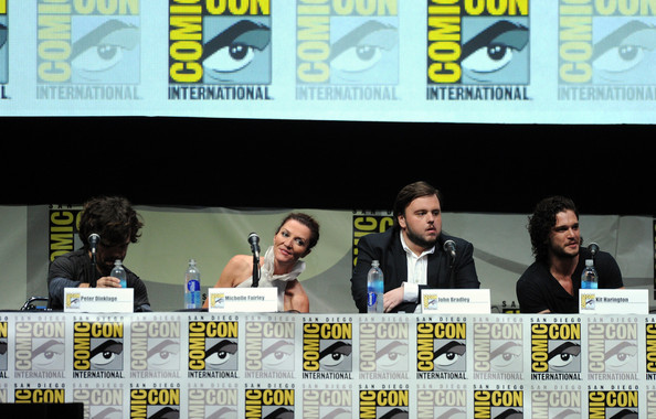 http://www4.pictures.zimbio.com/gi/Game+Thrones+Panel+Comic+Con+KC6ip1SBjDgl.jpg