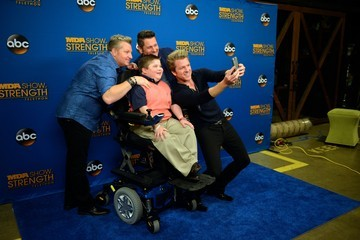 Gary LeVox 2014 MDA Show Of Strength Telethon - Arrivals