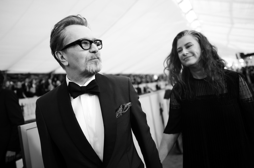 http://www4.pictures.zimbio.com/gi/Gary+Oldman+24th+Annual+Screen+Actors+Guild+c6PajATvYx4x.jpg