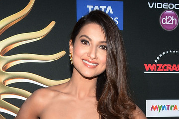 Gauhar Khan IIFA Awards - Arrivals
