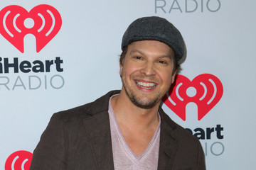 Gavin Degraw 2020 iHeartRadio Podcast Awards - Arrivals