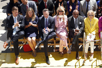 Gavin Newsom Jennifer Siebel Newsom London Breed Sworn In As San Francisco Mayor