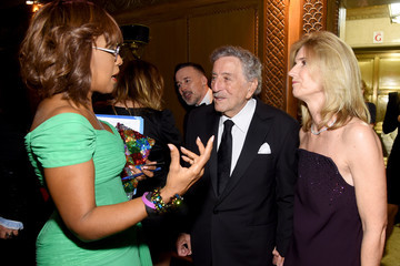 Gayle King Elton John AIDS Foundation's 17th Annual An Enduring Vision Benefit - Inside