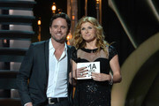 Connie Britton Charles Esten Photos Photo