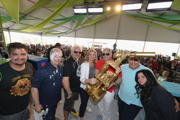 Geoffrey Zakarian Alex Guarnaschelli Goya Foods Grand Tasting Village Featuring MasterCard Grand Tasting Tents & KitchenAid® Culinary Demonstrations - 2016 Food Network & Cooking Channel South Beach Wine & Food Festival presented by FOOD & WINE