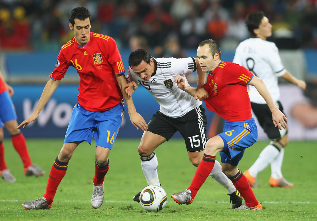Andres Iniesta Photos Photos - Germany v Spain: 2010 FIFA ...
