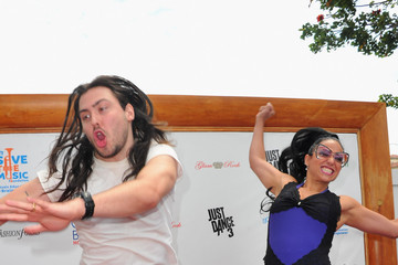 Andrew W.K Cherie Lily Give Back Hollywood Foundation's Benefit For The VH1 Save The Music Foundation