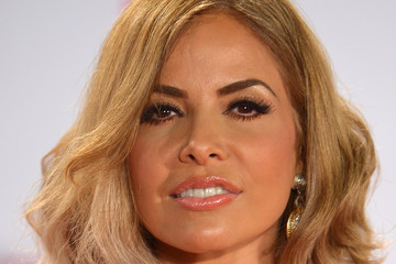 Gloria Trevi Hair & Beauty: Celebrity - February 15 - February 21, 2014