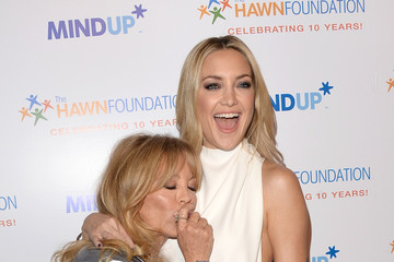 """Goldie Hawn Goldie Hawn's Inaugural """"Love In For Kids"""" Benefiting The Hawn Foundation's MindUp Program Transforming Children's Lives For Greater Success - Red Carpet"""