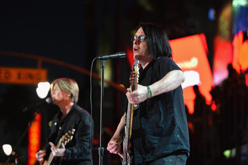 Goo Goo Dolls Arrivals at the Hollywood Christmas Parade — Part 3