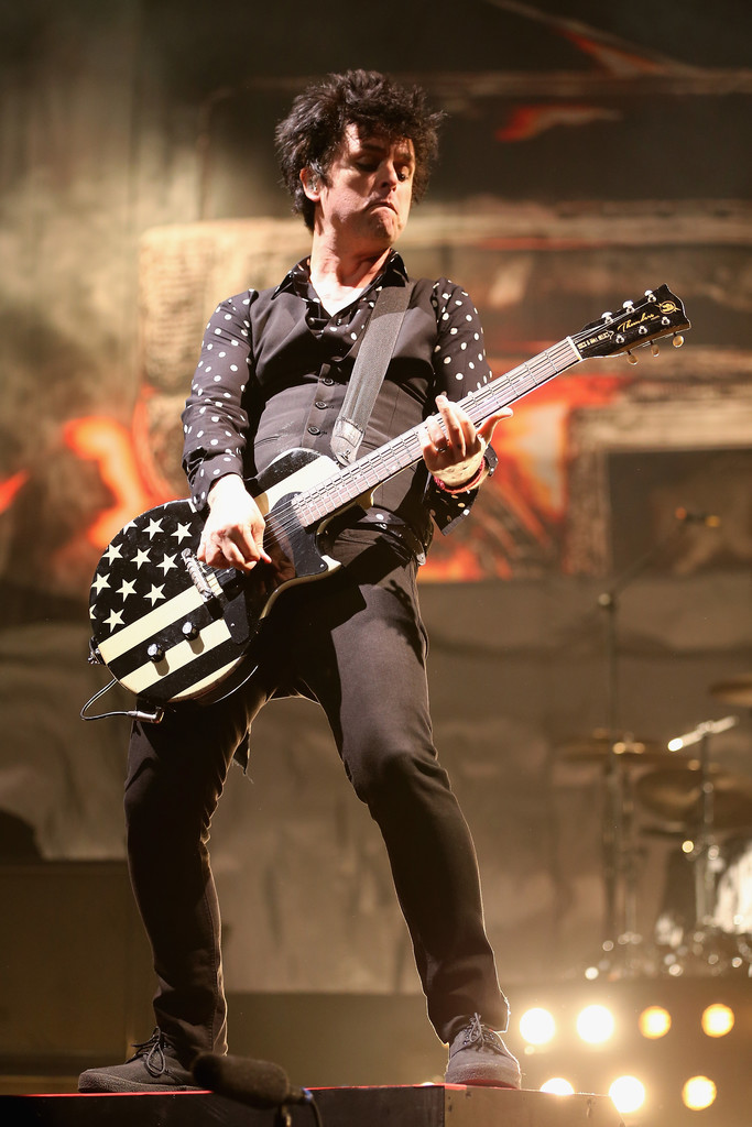 proc green day performing - 683×1024