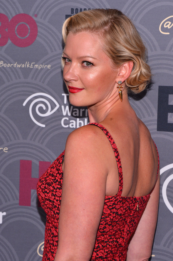 Gretchen Mol's Simple, Screen Siren Glamour