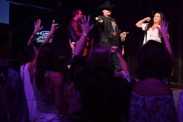 Gretchen Wilson Big & Rich Host Private a Concert for Pediatric Cancer Research