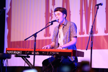 "Greyson Chance ""T.J. Martell Foundation's 14th Annual Family Day Honoring Paradigm Talent Agency's Marty Diamond And Family"" - Performance"