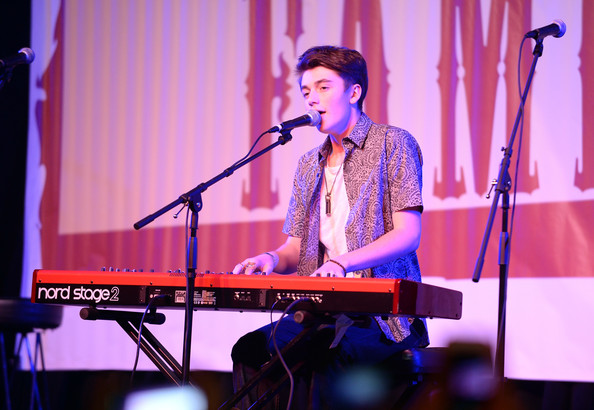 """T.J. Martell Foundation's 14th Annual Family Day Honoring Paradigm Talent Agency's Marty Diamond And Family"" - Performance"
