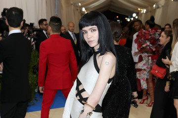 "Grimes ""Rei Kawakubo/Comme des Garcons: Art of the In-Between"" Costume Institute Gala - Arrivals"