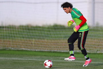 Guillermo Ochoa Mexico Training - FIFA Confederations Cup Russia 2017