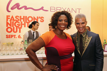 Gwen DeVoe Fashion Guru Jay Manuel Hosts Lane Bryant's Fashion's Night Out!