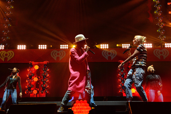 Z100's Jingle Ball Show [entertainment,stage,performance,performing arts,concert,event,performance art,musical theatre,public event,singing,gwen stefani,photography,madison square garden,z100,iheartradio,l,jingle ball 2014,goldfish puffs - show,event,rock concert,jingle ball tour 2014,kiis-fm jingle ball,madison square garden,rock concert,photography,image,photograph,whtz,artist,iheartradio]