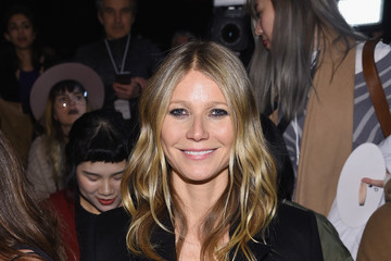 Gwyneth Paltrow La Perla Fall/Winter 2017 RTW Show - Front Row