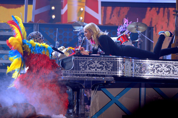Gwyneth Paltrow Singers Cee Lo Green (L) and Gwyneth Paltrow perform onstage during The 53rd Annual GRAMMY Awards held at Staples Center on February 13, 2011 in Los Angeles, California.