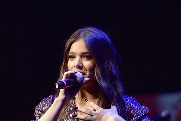 Hailee Steinfeld ACM Lifting Lives Presents: Borderline Strong Concert