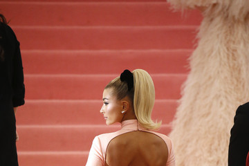 Hailey Bieber The 2019 Met Gala Celebrating Camp: Notes On Fashion - Arrivals