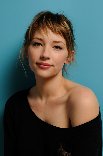 haley bennett tumblr gif