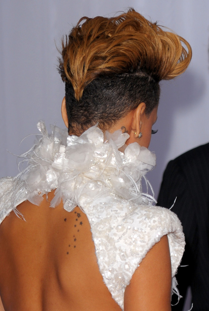 Rihanna in Half Shaved Hairstyles - Zimbio