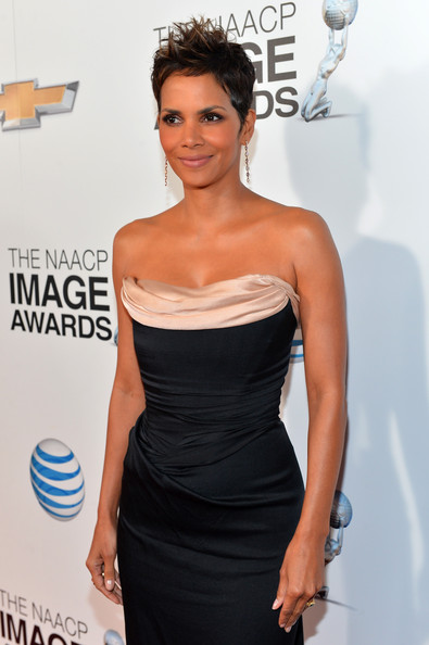 Halle Berry - 44th NAACP Image Awards - Red Carpet