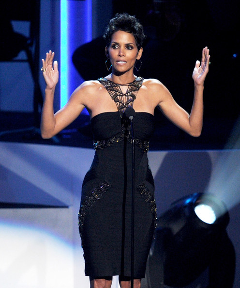 Halle Berry - We Will Always Love You: A GRAMMY Salute To Whitney Houston