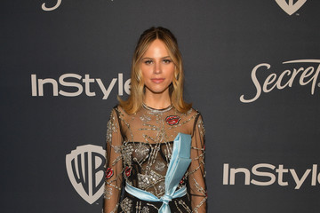 Halston Sage The 2020 InStyle And Warner Bros. 77th Annual Golden Globe Awards Post-Party - Red Carpet