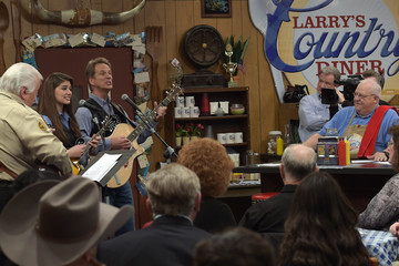 "Hannah Miller ""Larry's Country Diner"" TV Taping"