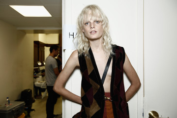 Hanne Gaby Gabriela Cadena - Backstage - Spring 2016 New York Fashion Week