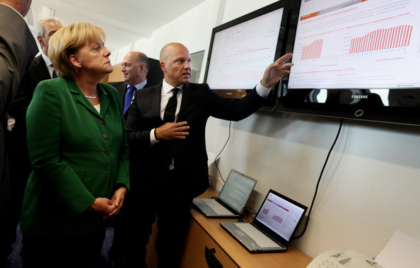 - Hans Bernd Menzel Merkel Tours Energy Production 1UdcsfTNAafl