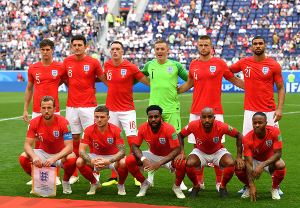 Belgium vs. England: 3rd Place Playoff - 2018 FIFA World Cup Russia [team photo,team,sports,team sport,football player,soccer player,sport venue,player,social group,ball game,stadium,players,russia,england,belgium,saint petersburg stadium,3rd place playoff - 2018 fifa world cup,match,russia 3rd place playoff,2018 fifa world cup]