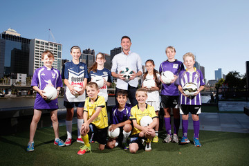 Harry Kewell Harry Kewell Meets With Asian Cup Opening Ceremony Participants