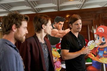 Harry Treadaway Reeve Carney Nintendo Lounge at Comic-Con