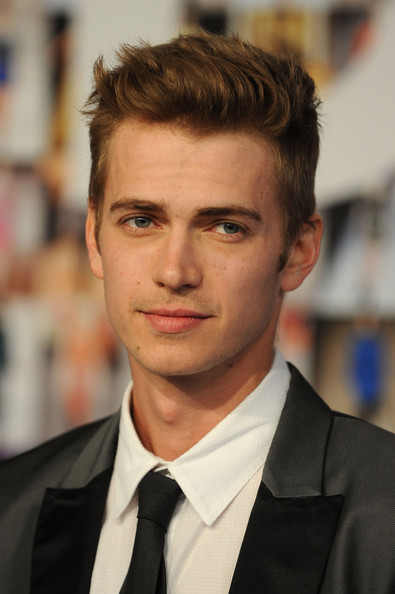 Hayden+Christensen+2010+CFDA+Fashion+Awa
