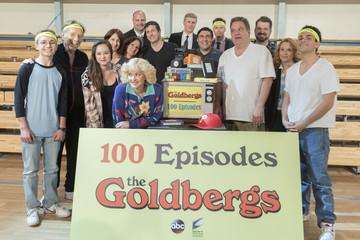 Hayley Orrantia 'The Goldbergs' Celebrates 100 Episodes