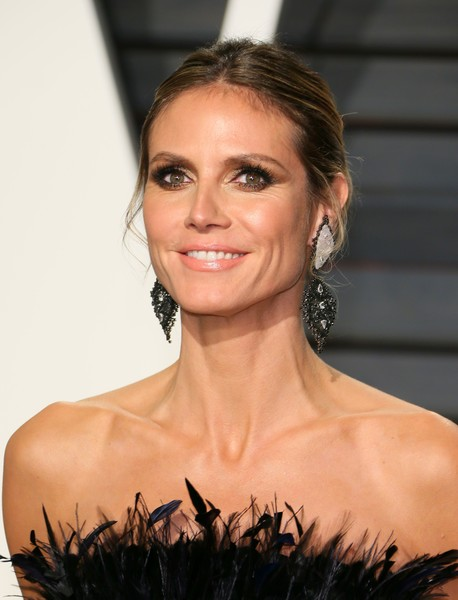 heidi klum photos photos 2017 vanity fair oscar party hosted by graydon carter arrivals zimbio. Black Bedroom Furniture Sets. Home Design Ideas