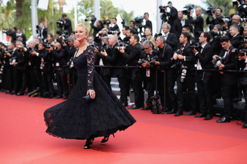 Helen Mirren 'The Unknown Girl (La Fille Inconnue)' - Red Carpet Arrivals - The 69th Annual Cannes Film Festival