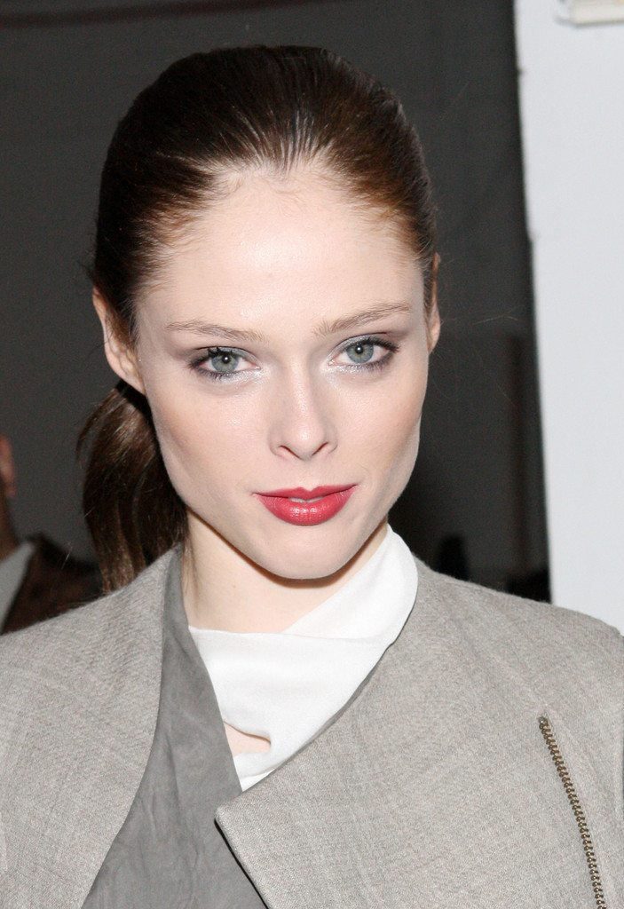 coco rocha in helmut lang front row fall 2012 mercedes. Black Bedroom Furniture Sets. Home Design Ideas