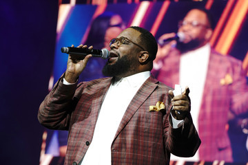 Hezekiah Walker Peace Starts With Me