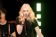 Taylor Momsen Photos Photo