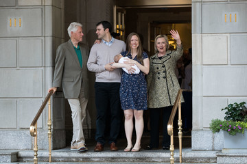 Hillary Clinton Chelsea Clinton Chelsea Clinton Leaves Hospital After Birth of Her Son