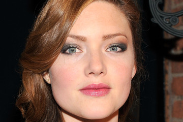 Holliday Grainger Hair & Beauty: Celebrity - November 30 - December 06, 2013