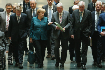 Horst Seehofer Volker Bouffier CDU and Greens Party Continue Negotiations