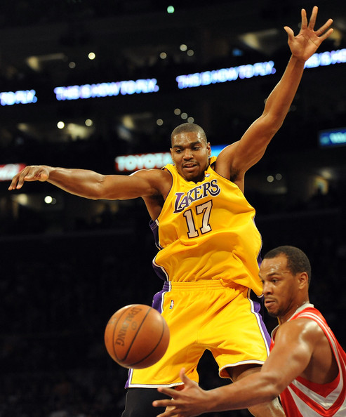 Houston Rockets X Lakers: Andrew Bynum In Houston Rockets V Los Angeles Lakers